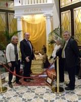 Il Presidente Giuseppe Raffa ha inaugurato la mostra dei presepi di Nella Coniglio