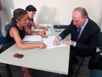 il presidente Raffa firma i contratti per due PISL, Provincia capofila di progetti per oltre tre milioni di euro